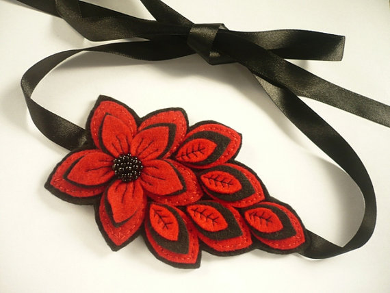  Felt flower headband in red and black 